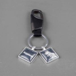 Heren foto sleutelhanger grijs met 2 bedels