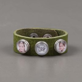 Armband Leer groen reliëf met 3 drukkers