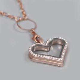 Glazen medaillon hart rosé