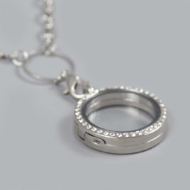 Glazen medaillon rond met steentjes zilver