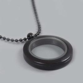 Glazen medaillon rond zwart met ketting